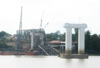 earthquake_damaged_bridge_1