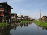 houses-on-stilts-inle-lake-myanmar