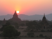 pagodas-of-bagan-myanmar-4