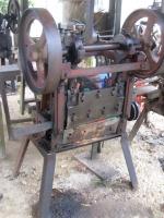 rubber_band_machine