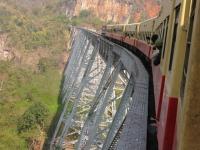 train-to-kyaukme-myanmar