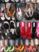 market-shoes-bangkok-thailand