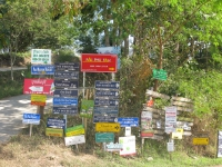 plethora-of-signs-pai-thailand